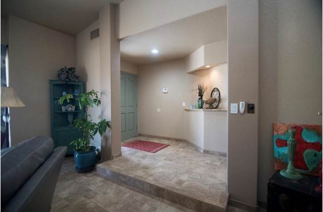 6. Single Family Homes for Sale at 38175 Rancho Los Cerritos Drive Indio, California 92203 United States
