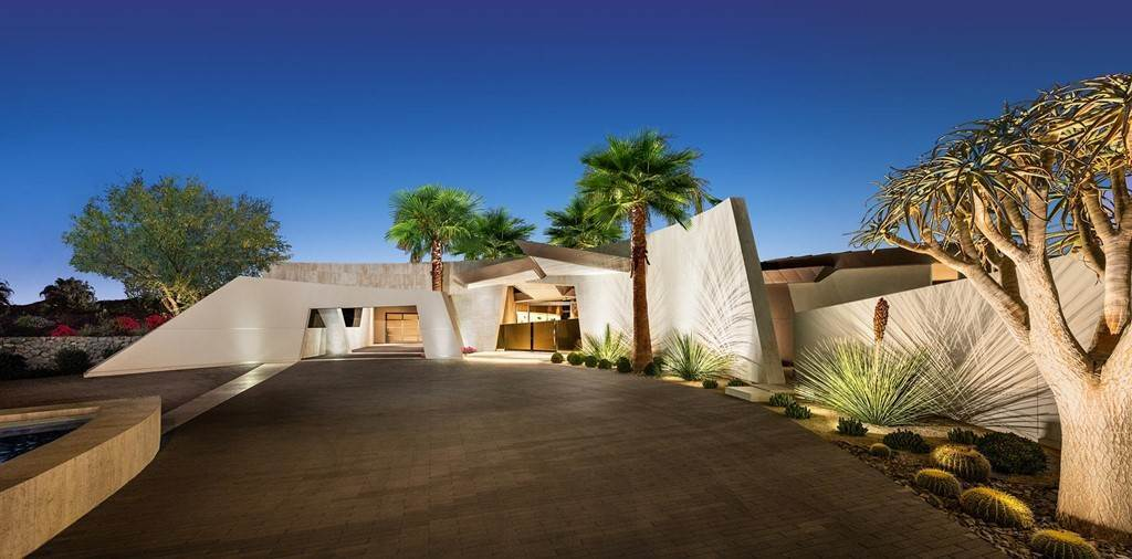 Residential for Sale at 638 Pinnacle Crest 638 Pinnacle Crest Palm Desert, California 92260 United States
